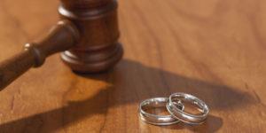 Medeni hukuk içerisinde en sık karşılaşılan dava türü; boşanma davalarıdır.